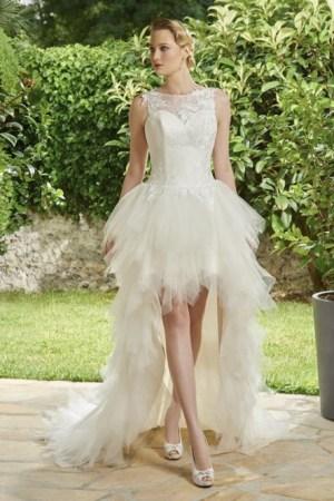robe de mariée court devant long derrière en tulle et dentelle collection annie coututre