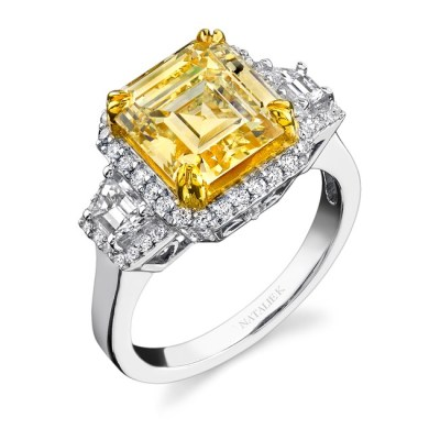 18K WHITE AND YELLOW GOLD RADIANT CUT FANCY YELLOW DIAMOND RING WITH TRAPEZOID SIDE STONES NK15692LY WY - 18K WHITE AND YELLOW GOLD RADIANT CUT FANCY YELLOW DIAMOND RING WITH TRAPEZOID SIDE STONES NK15692LY-WY