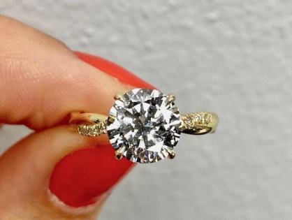 THE MOST UNIQUE RINGS AND EXQUISITE LOOSE DIAMONDS IN DALLAS