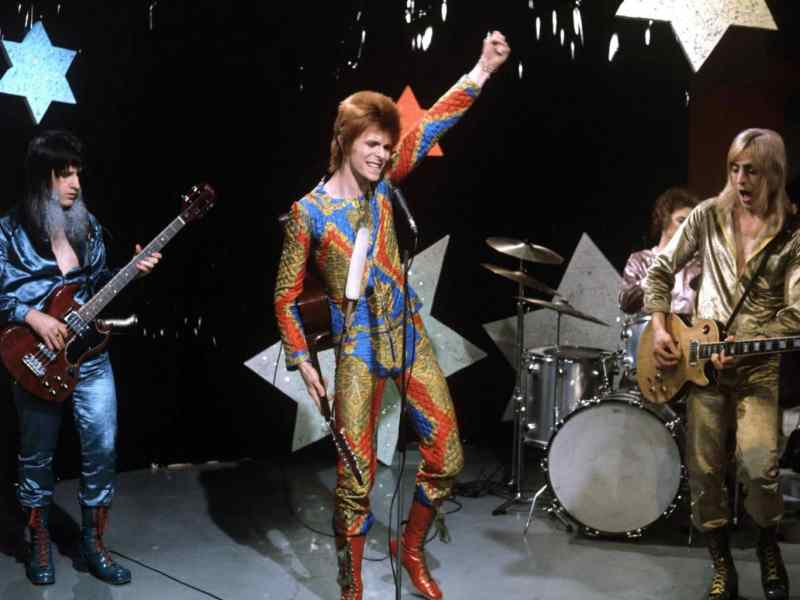 David Bowie and the Spiders From Mars on Lift Off With Ayshea, 15 June 1972