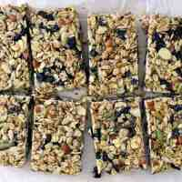 DIY No-Bake Chewy Granola Bars