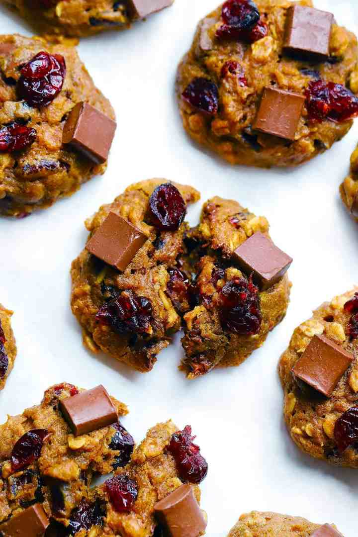 These easy to make, healthy Dark Chocolate and Cranberry Pumpkin Oatmeal cookies are perfect for fall- 100% refined sugar free, 100% whole grain, and 100% delicious! Keep in your freezer for an easy healthy treat.