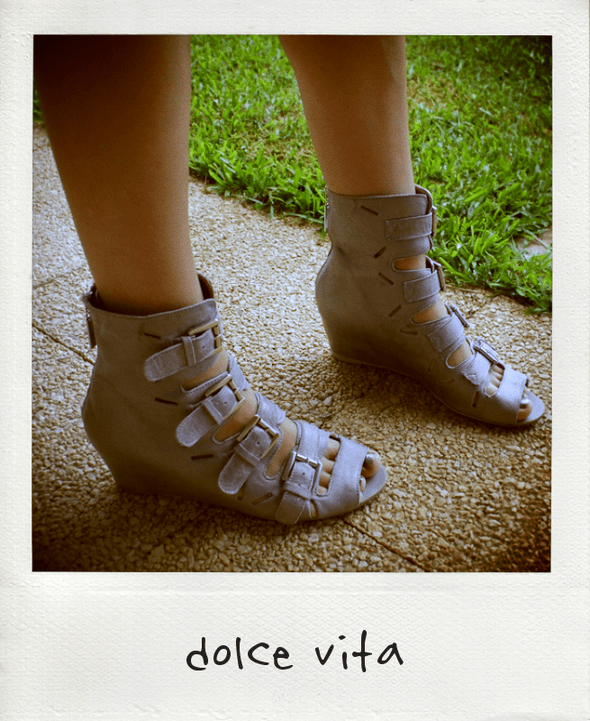 chaussures Dolce Vita shoes raleigh silver wedges buckle