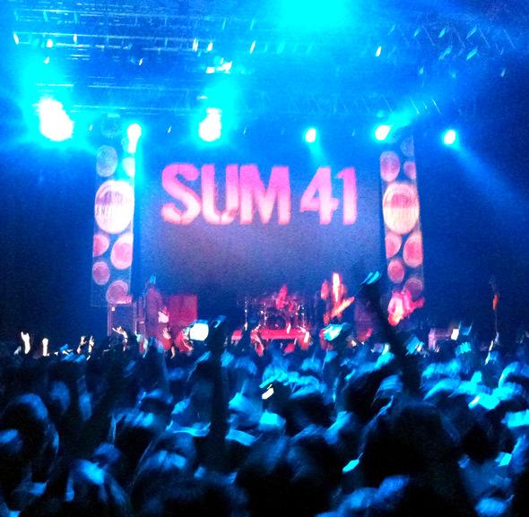 sum41 eastpak tour