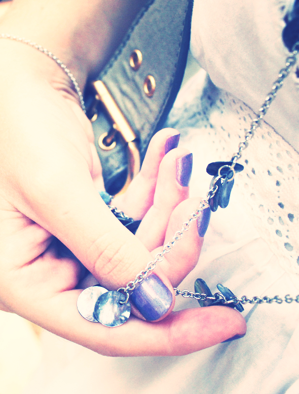 vernis a ongles violet china glaze