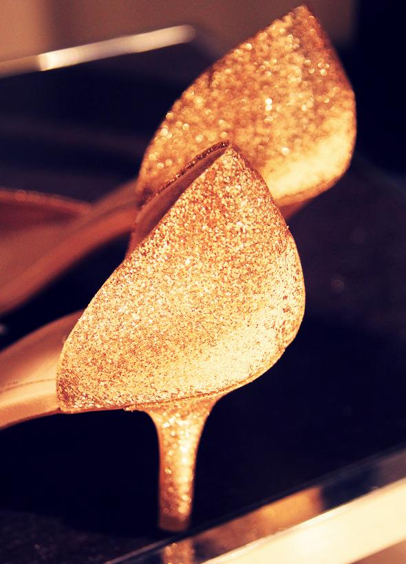 zara escarpins paillettes dorees