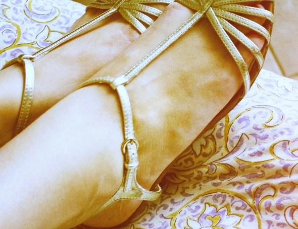 sandales mango dorees