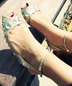 jeffrey campbell sandales bijoux dorees