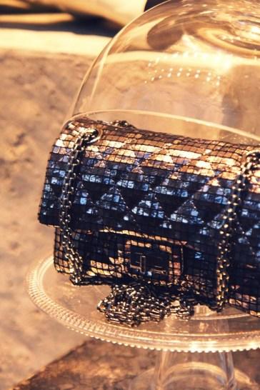 Classic flap bag shiny