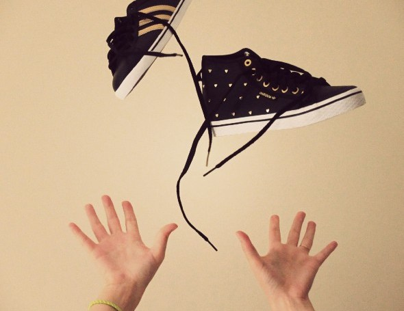 __collection sneakers baskets adidas 2012 honey mid hearts stripes gold black_effected