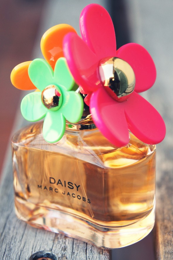 daisy sunshine marc jacobs