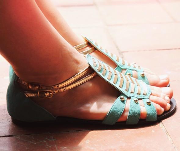 sandales turquoises kg