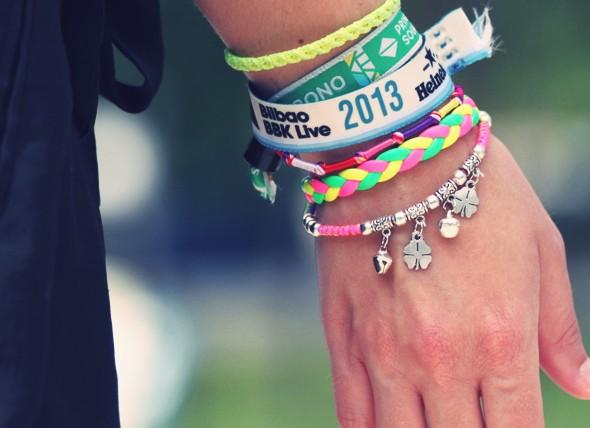 bracelets pulseras festivals europe_effected