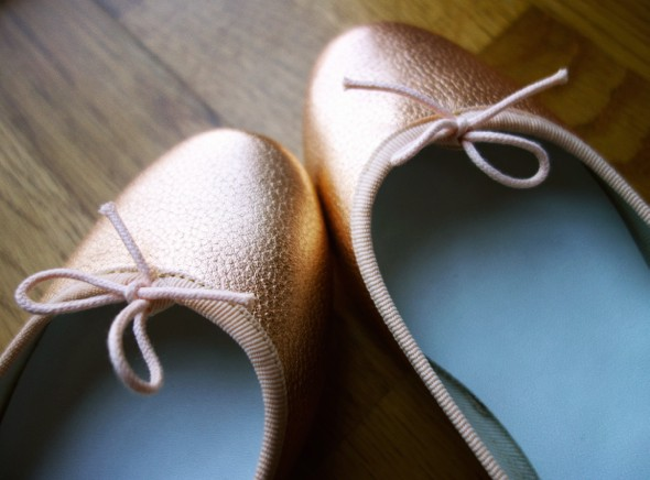 __chaussures repetto rich or oro gold.jpg_effected