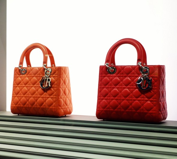 dior bag leather cuir sac rouge orange 2013 collection haute couture_effected