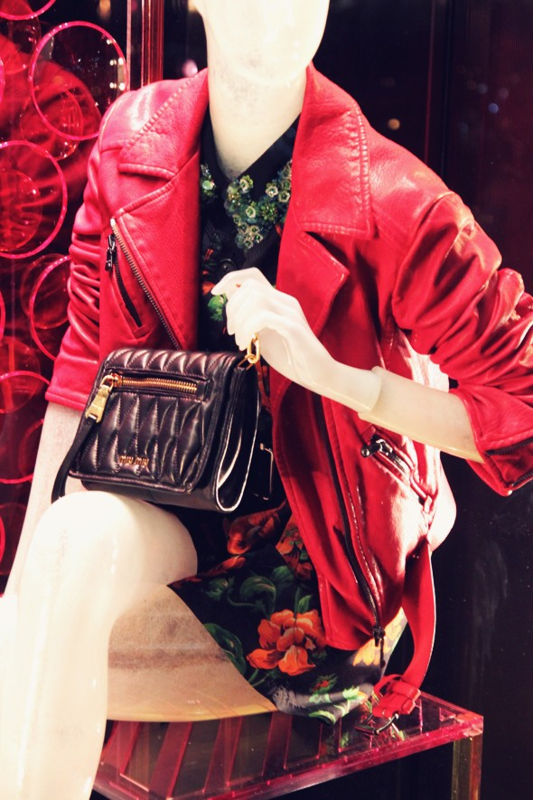 miu miu red perfecto fashion dress bag pochette fall winter 2013 2014_effected