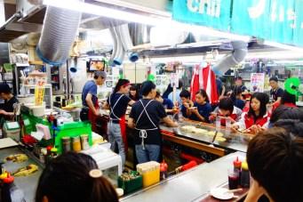Hiroshima_okonomiyaki_food_restaurant_foodie_japan_japon