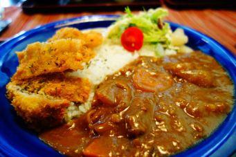 Hokkaido_curry_chicken_dish_restaurand_food_rice_sauce_vegetables