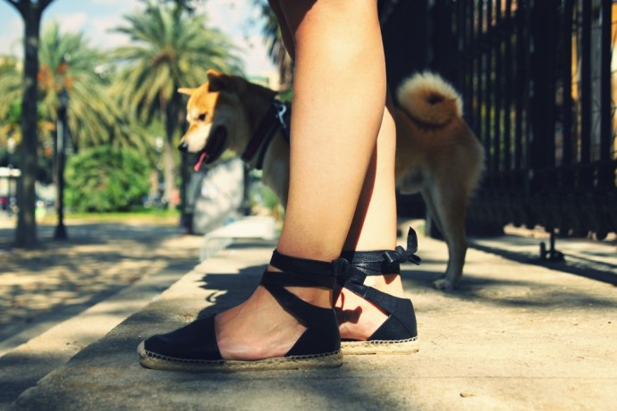 _espadrilles_yves_saint_laurent_alpargatas_cuir_leather_straps_noeud_bow_2016_fashion_style_shoes_summer_trend_effected