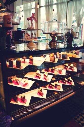Malaysia_malaisie_hello_kitty_gourmet_cafe_sanrio_kawaii_food_cake_coffee_yummy_asia_1_effected