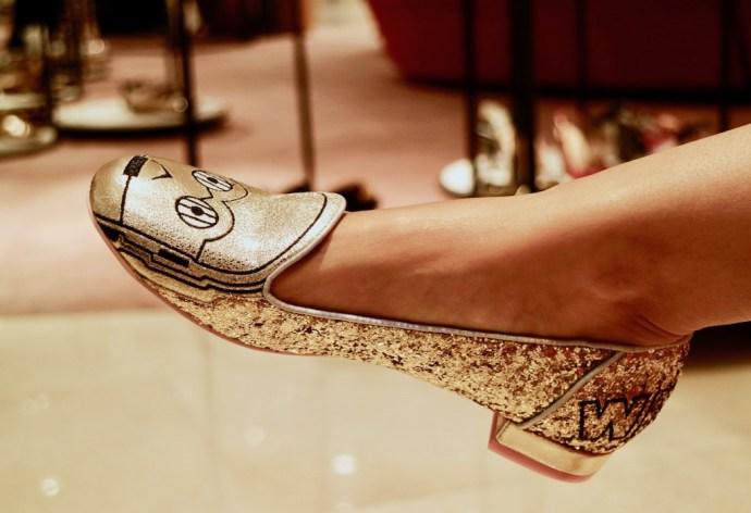 Irregular_choice_star_wars_chaussures_dorees_R2D2