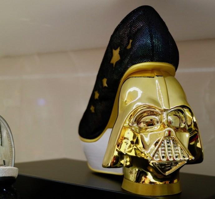 Irregular_choice_star_wars_chaussures_gold_darth_vador