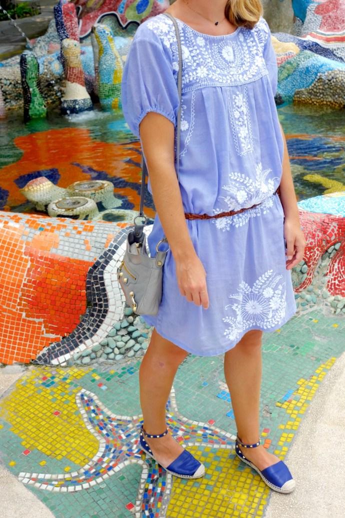 la robe bleue tenue