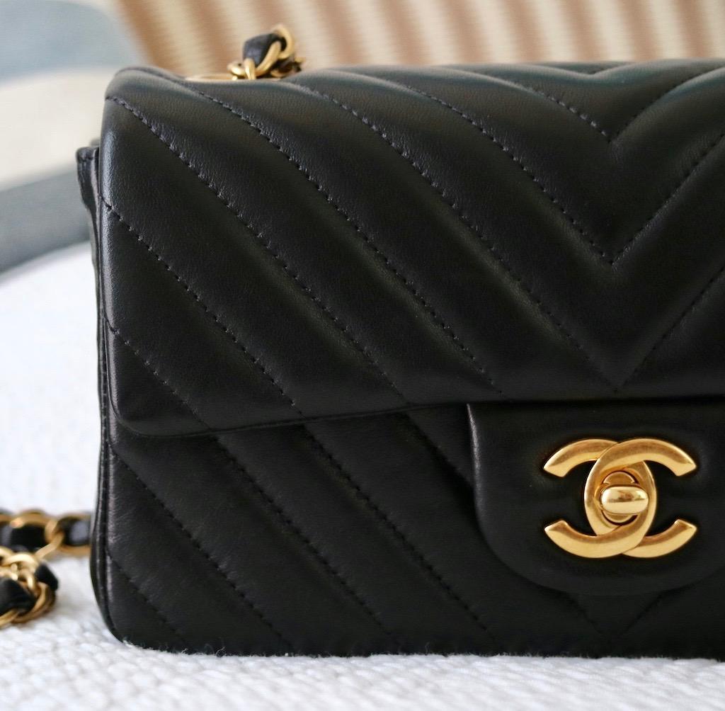 c21438718 CHANEL Mini Flap Bag : My Honest Review ! – Bowsome blog