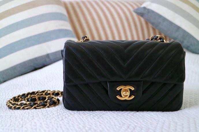 Sac Chanel Mini Noir Dore cuir chevron