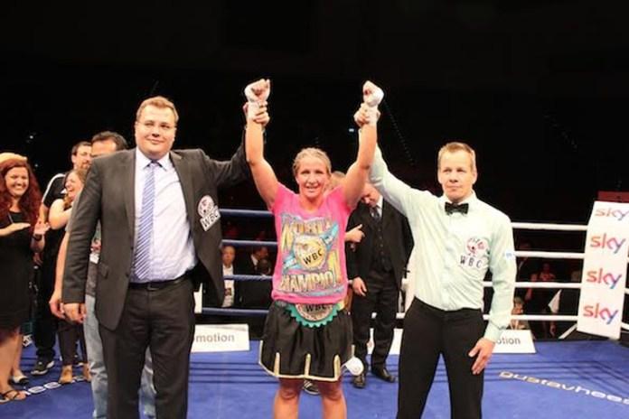 Nikki Adler triumphiert bei Box-Gala in Ludwigsburg