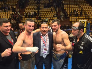 Igor Mikhalhin gegen Hugo Kasperski/ Foto: EC Boxing