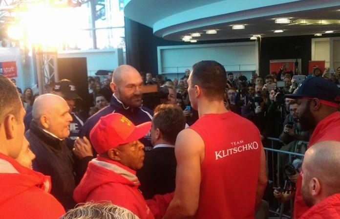 Klitschko vs. Fury: face-to-face / Foto: Jürgen Langos