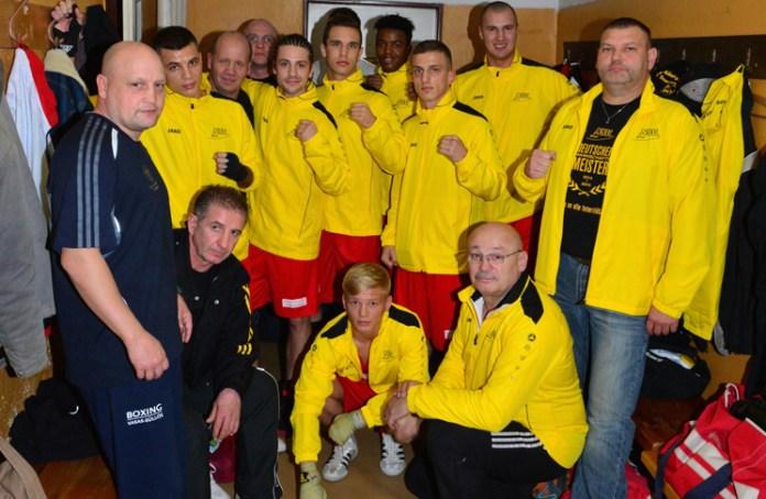 NSV-Mannschaft vor dem Hinkampf in der tschechischen Landeshauptstadt / Foto: Ulrich Friebel