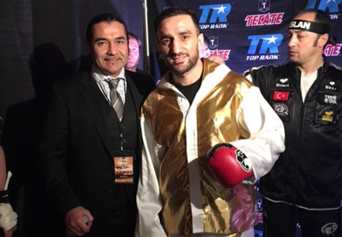 Erol Ceylan, Karo Murat und Bülent Baser / Foto: EC Boxing