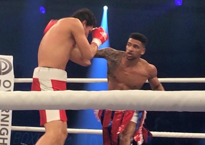 Freddy Kiwitt (Großbritannien) vs. Michael Mora (Nicaragua)