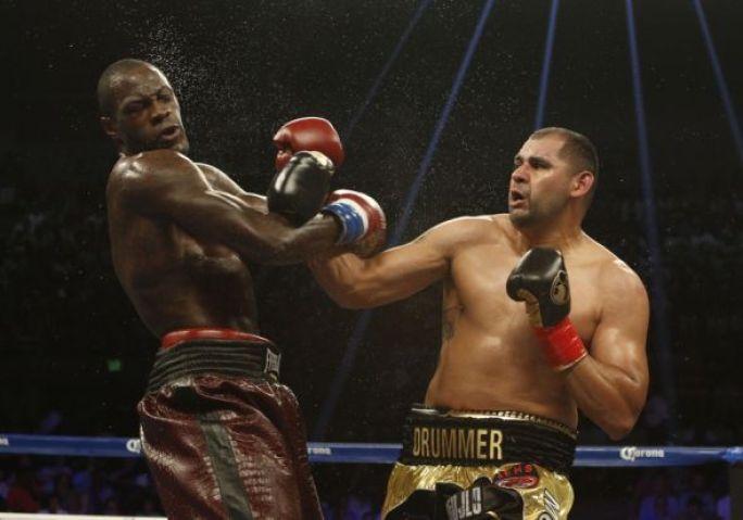 deontay-wilder-boxing-wilder-vs-molina1-590x900