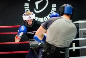 foto tim robin lihaug beim sparring