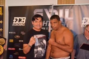 Erol Ceylan und Odlanier Solis / Foto: EC Boxing
