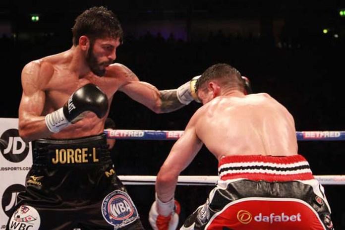 In einem hochklassigen Kampf entthronte Jorge Linares den britischen Leichtgewichts-Champion Anthony Grolla und sicherte sich den Titel der WBA