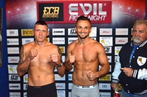 "Elvis ""Hitman Hart"" vs. Steve Krökel / Foto: EC Boxing"