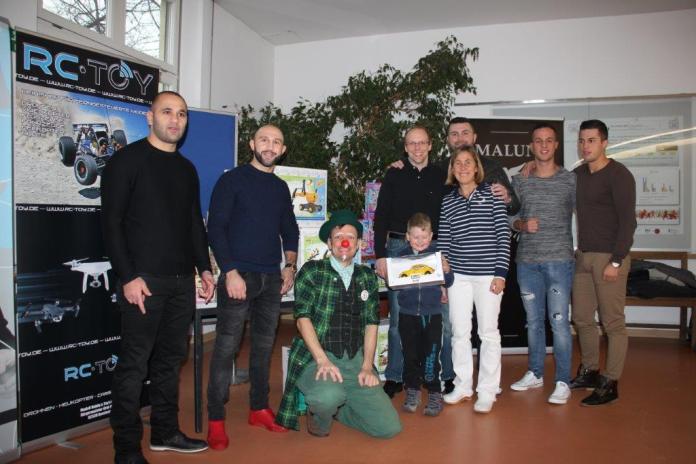 Haunersche Kinderklinik Petko´s Team und RC-Toy