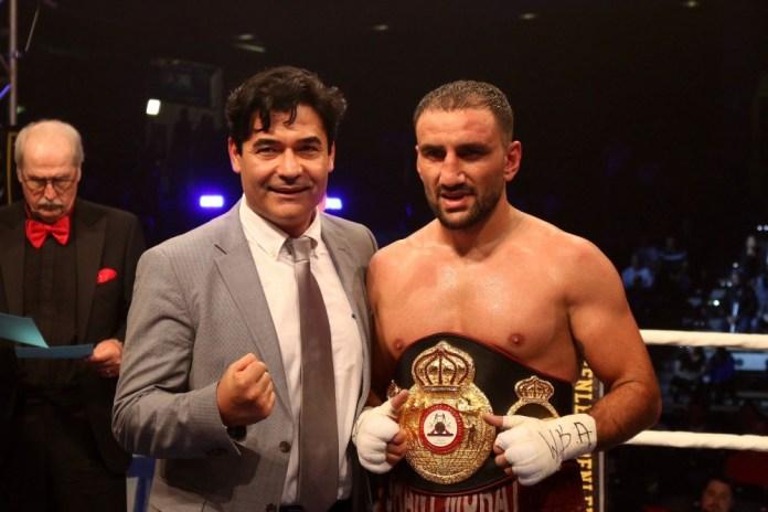 Erol Ceylan und Karo Murat / Foto: EC Boxing