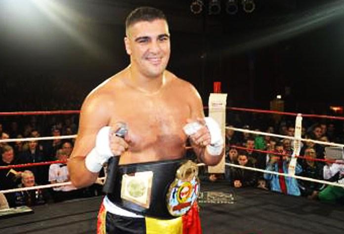"""Ali """"Sultan"""" Baghouz heißt der neue Gegner von Tom Schwarz. Auch Baghouz ist noch ungeschlagen und so kann der Titel """"Ungeschlagen vs. Ungeschlagen"""" bleiben."""