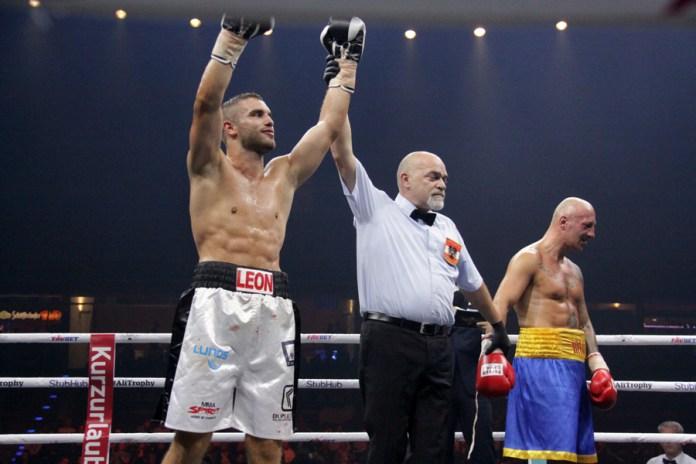 Leon Bunn siegt über den Polen Tomasz Gargula durch tKO in Runde 5