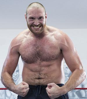 Seit einiger Zeit ist der Ex-Champion Tyson Fury wieder im Training und möchte bis spätestens April kommenden Jahres wieder im Ring stehen.