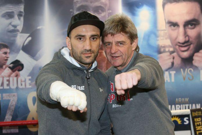 Karo Murat mit Trainer Georg Bramowski beim Public Workout in Hamburg / Foto: Torsten Helmke