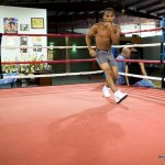9 ago 2013 Bomba Gonzalez last pre weigh in and training for Giovani Segura 6