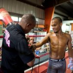 9 ago 2013 Bomba Gonzalez last pre weigh in and training for Giovani Segura 9