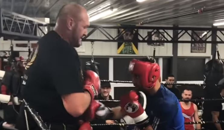 Watch: Tyson Fury Spars A Featherweight! (Full Sparring Footage)