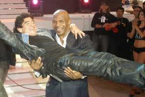Mike Tyson Reacts To Diego Maradona Death and Gets A Big Response